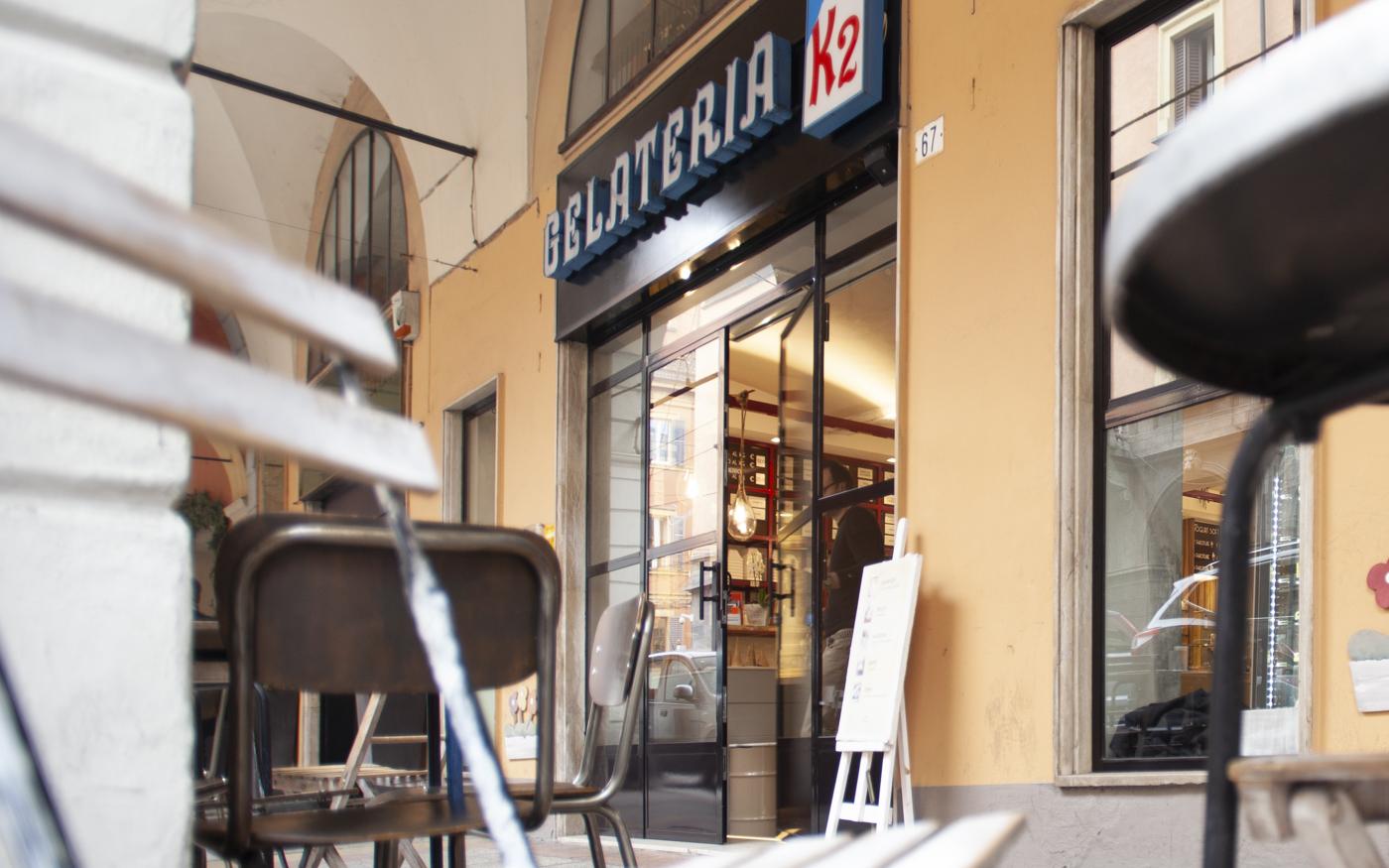 Gelaterie: arredamento gelateria K2 – Modena